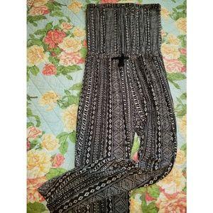 Black & white boho tribal print strapless jumper